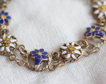 pretty enamel morning glory flowers 1940s link bracelet in blue and white