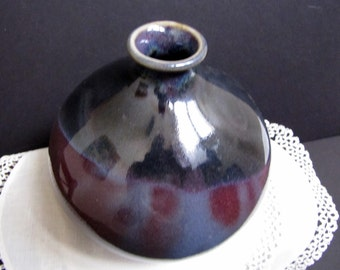 Mikasa Diane Love Vase, Vintage Flower Vase, Ceramic Vase, Purple Ceramic, 1970s, 5 inch tall