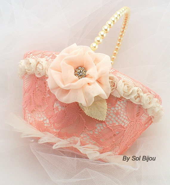... Bridal Basket in Coral, Peach and Ivory - My dream wedding on Etsy