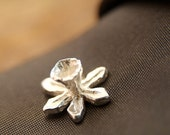 Silver Tie Pin, Daffodil Flower Stud, Men's Jewelry, Handmade in Sterling Silver, Spring Wedding, Father's Day, Best Man Gift, Welsh Gift