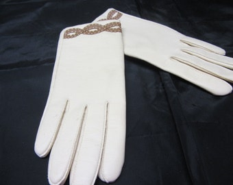 Vintage Novakid by Aris Womens Size M Gloves, Women's Medium Gloves, Novakid Govels, Women's Vintage Gloves, Size M White Driving Gloves