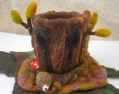 Felted Tree House Hollow Oak Tree Play scape Play mat Waldorf Needle Felted Play House
