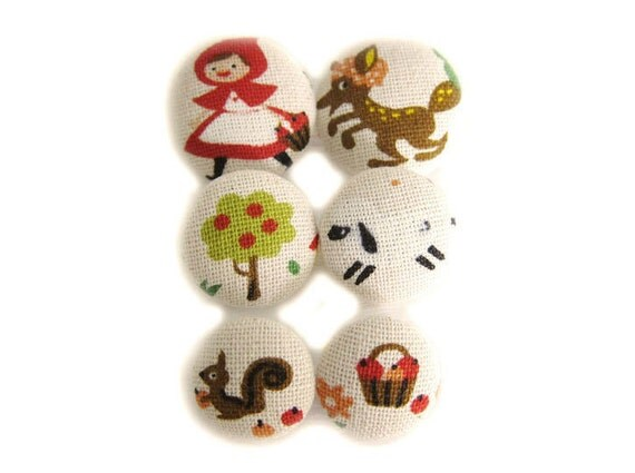 Sewing Buttons / Fabric Buttons - Red Riding Hood Buttons - 6 Fabric Buttons Set - Fabric Sewing Buttons