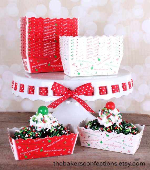 Mini Christmas Paper Loaf Baking Pans In White And Red With