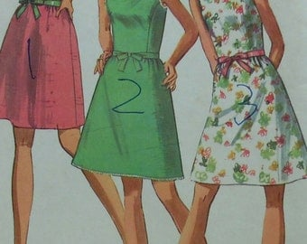 Vintage  Dress Sewing Pattern Simplicity 8235 Size 12