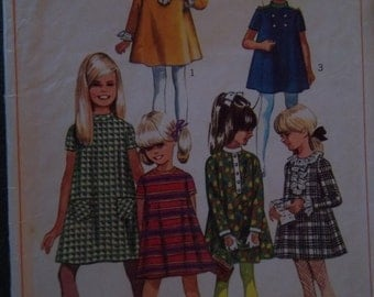 Sale - Vintage - Simplicity 7278 - Girl - Tent Dress - Detachable Neck and Sleeve Trim - Size 8 - Breast 26 - Cut Pattern