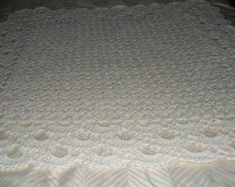 Crocheted Afghan - Blanket - Throw - Coverlet - Bedspread - Large   ''SHELLS GALORE''  in Buttercream