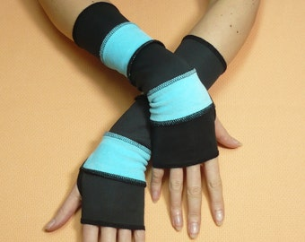 Black Blue, Upcycled Segmented Armwarmers, Fingerless Gloves, Clochard Sleeves with Thumb Hole, Spring Upycled Arm covers Armstulpen