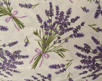 Springtime Lavender Fabric cotton quilting Lavender Flowers Sachet sewing 1 yard