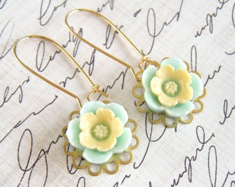 Flower Earrings, Mint and Yellow Earrings, Gold Earrings, Floral Earrings, Vintage Style Earrings - Sweet Leigh Flower Earrings