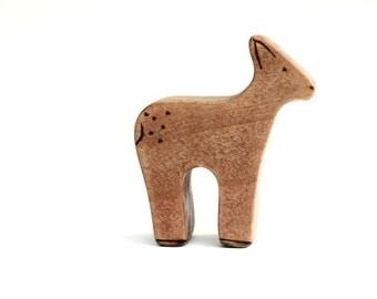 wood animal toys, baby deer wooden toy, waldorf deer toy, waldorf toy animals, wood fawn toy