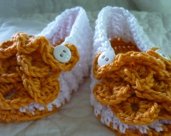 White Slippers with Gold Crocodile Ruffle Size 6 to 9 months