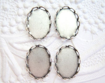 4 - Antiqued silver plated brass 14x10mm lace settings - GR132