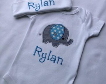 Personalized  Bodysuit Set-  Bodysuit and hat Set- Personalized Gift Set- Baby Shower Set- Infant Set