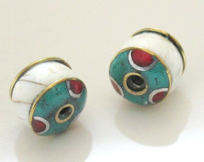 Thick ethnic naga conch shell bead  with brass turquoise coral inlay - 1 bead - CH038A