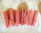 Coral & Tofu (Red-Orange/White) Distressed Mini Clothespins 6 Pack - Cottage Photo Display. Farm House Home Decor. Shabby Chic Wedding.