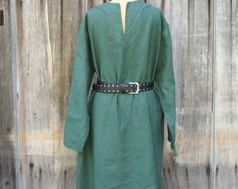mens early medieval viking tunic shirt in green linen for sca larp or renaissance faire size L  -ready to ship-