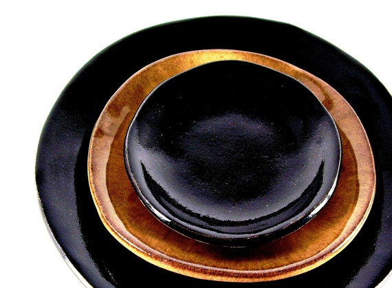hnliche artikel wie keramik tapas platte vorspeise teller. Black Bedroom Furniture Sets. Home Design Ideas