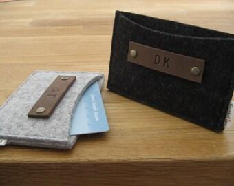 Custom Gift set of 4 Monogrammed Business Card Holder-Wallet- Eco Friendly - Charcoal- Handmade- Great Gift for Men Groomsmen Wedding