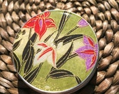 Gorgeous Lilies on Green Chiyogami -1 oz Screw Top Round Tins - Stash your secrets in this screw top tin-Resin protected Chiyogami top