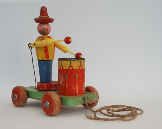 Antique wooden toy kid pull drummer pulling