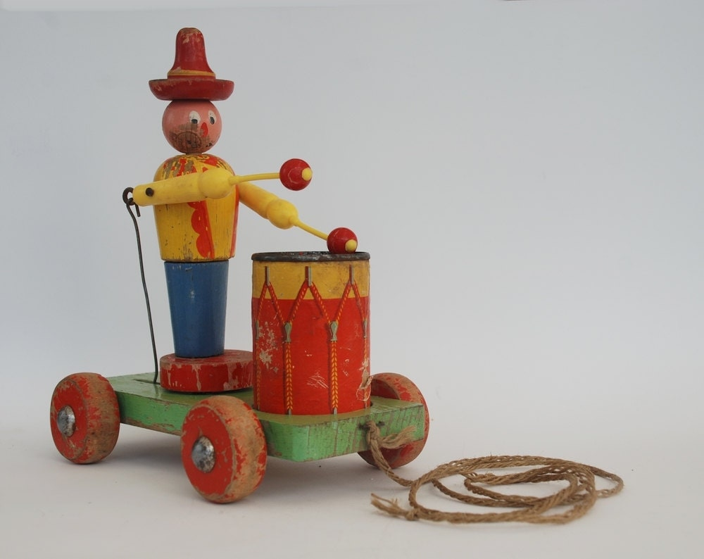 Kouvalias Wooden Toys ~ Antique wooden toy kid pull drummer pulling