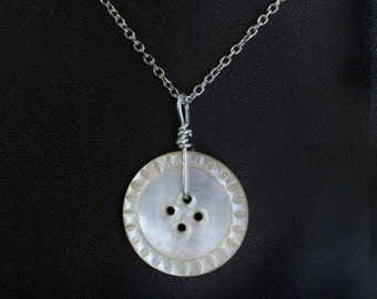 Vintage Carved Mother of Pearl Pendant Necklace
