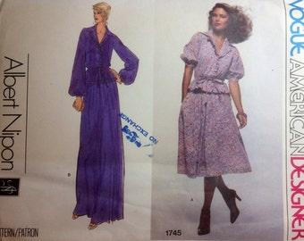 Vintage Vogue American Designer ALBERT NIPON Designer Sewing Pattern Top and Skirt Size 8 1980s Uncut