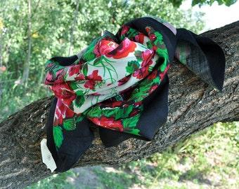 Vintage Scarf •  Vintage Black Floral  Shawl • Scarf