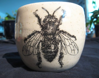 Drone bee mug