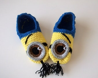 Free Crochet Pattern For Baby Minion Slippers : COTTON-Crochet Minion Despicable Me Baby Booties,Minion ...