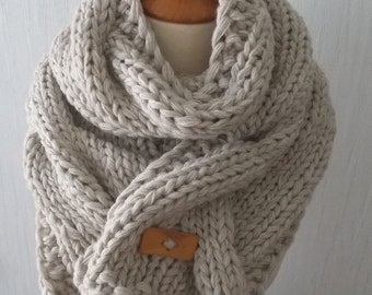 Handknit Super Chunky Scarf Big Cowl Extra Thick Cabled in Beige Cream Natural white Alpaca Wool