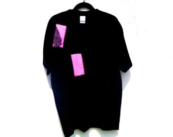 Original by Repose Vintage 80's Art Deco Patterned Pink Patches on Black T-Shirt Men's Large