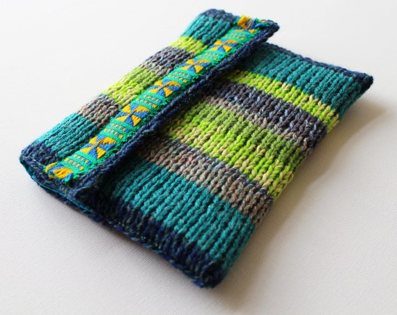 Sea Kelp Knitted Kindle Case - Padded Kindle Sleeve Green and Blue for Kindle Paperwhite and other eReaders