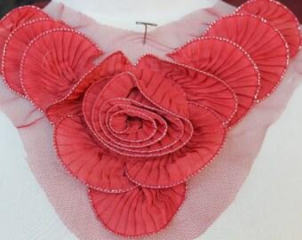 Cute    ruffled   flower    applique   1 pieces listing