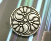 Metal Buttons - Flower Swirl Metal Buttons , Antique Silver Color , Shank , 0.71 inch , 6 pcs