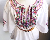 Beautiful White Vintage Boho Peasant Blouse Dirndl Embroidered Top