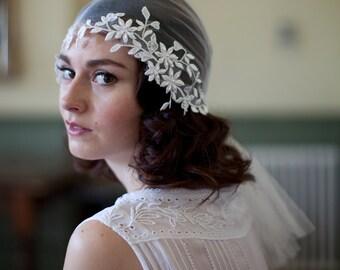 Lace juliet Cap veil in silk tulle, Bohemian style veil Head wrap style,1920s veil,1930s veil,ivory lace veil