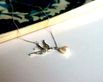 Rhodium plated Sswallow bird necklace with white pearl, bird pendant white pearl pendant, rhodium plated metal pendant, bird necklace