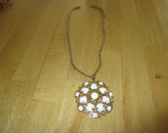vintage costume jewelry  / necklace  /  clearing out sale