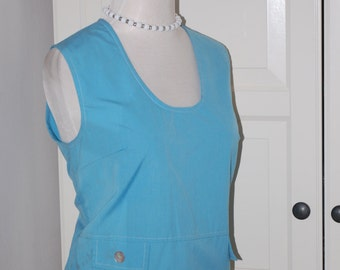 60s Blouse, Sky Blue, Cropped, Sleeveless, Shirt, Top, Back Buttons, Size Medium