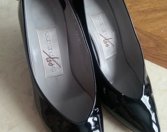 Vintage Joan and David Too Heels Pumps Shoes Black Patent Leather Size 8.5 1980s