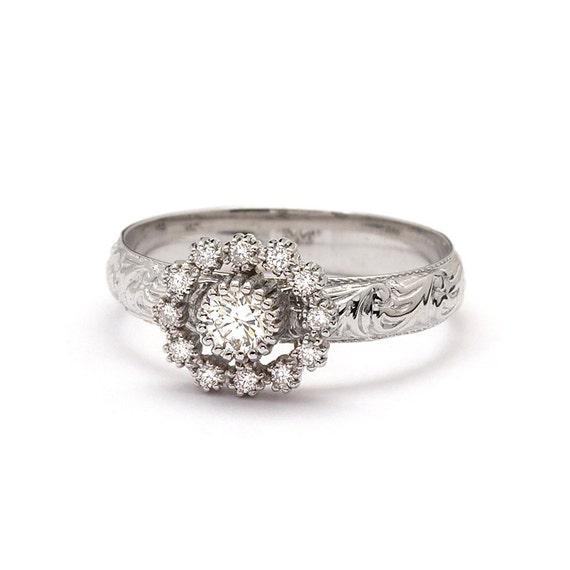 Antique Art Nouveau 0.30 Carat White Gold Diamond Engagement Ring
