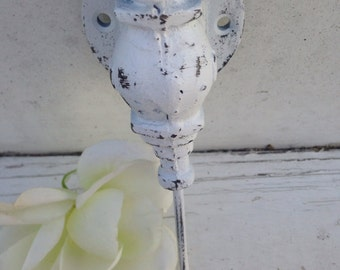 Wall Hook, Wall Hanger, Shabby Chic Hook, HarDWAre IS inCLUded