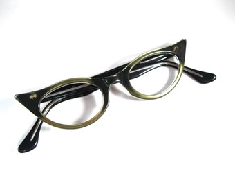 SALE black cat eye glasses. plastic pearlized eyewear. simple style pointed corners. stars. new old stock/NOS/deadstock. no lenses.