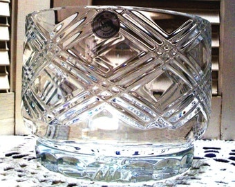 VINTAGE CRYSTAL BOWL, Gorgeous Criss-Cross Design, Scalloped Base, Slovakia Label, Thick Glass Piece-  Perfect Christmas Gift!  Sale!