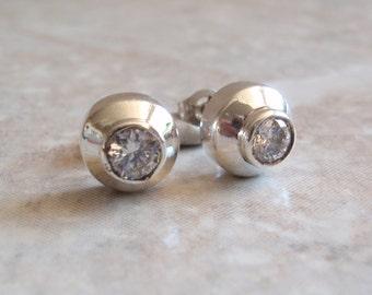 Sterling CZ Earrings Silver Studs Bezel Set Step Vintage V0396