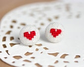 Heart earrings - Stud earrings - Valentine jewelry - e027