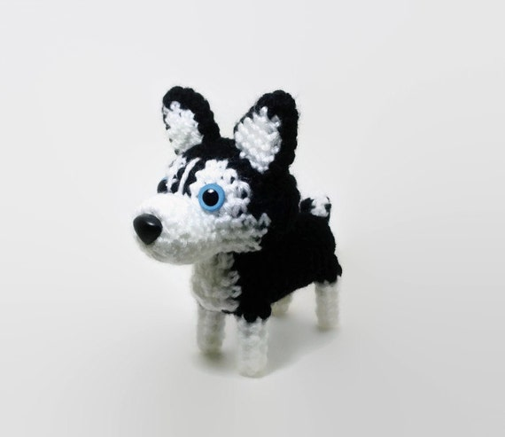 Siberian Husky / Alaskan Malamutes / Kai Amigurumi Dog Crochet Puppy Stuffed Animal Plush / Made to Order