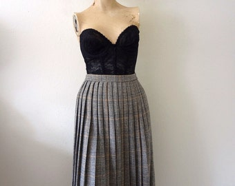 1970s Wool Skirt pleated a-line in autumnal houndstooth plaid - vintage preppy fashion
